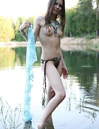 Sweet nude brunette